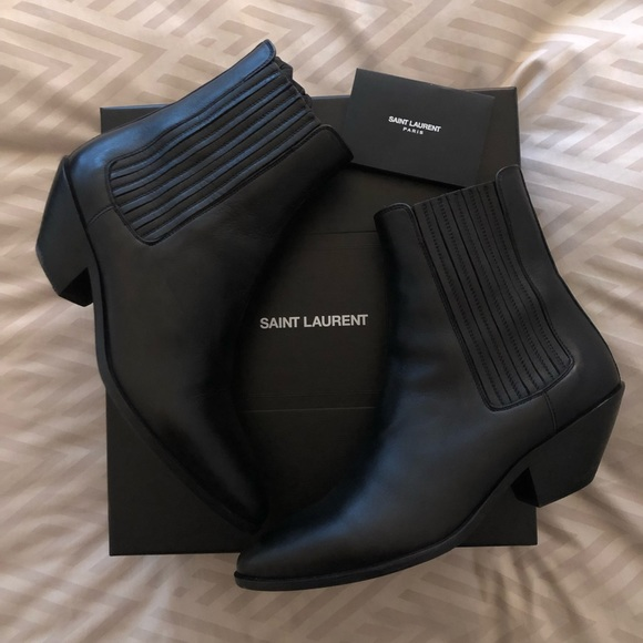Yves Saint Laurent Shoes - YSL 🖤 SAINT LAURENT West Chelsea Leather Bootie